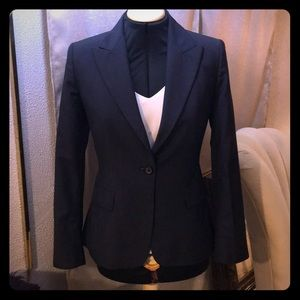 Tailored suit jacket for women